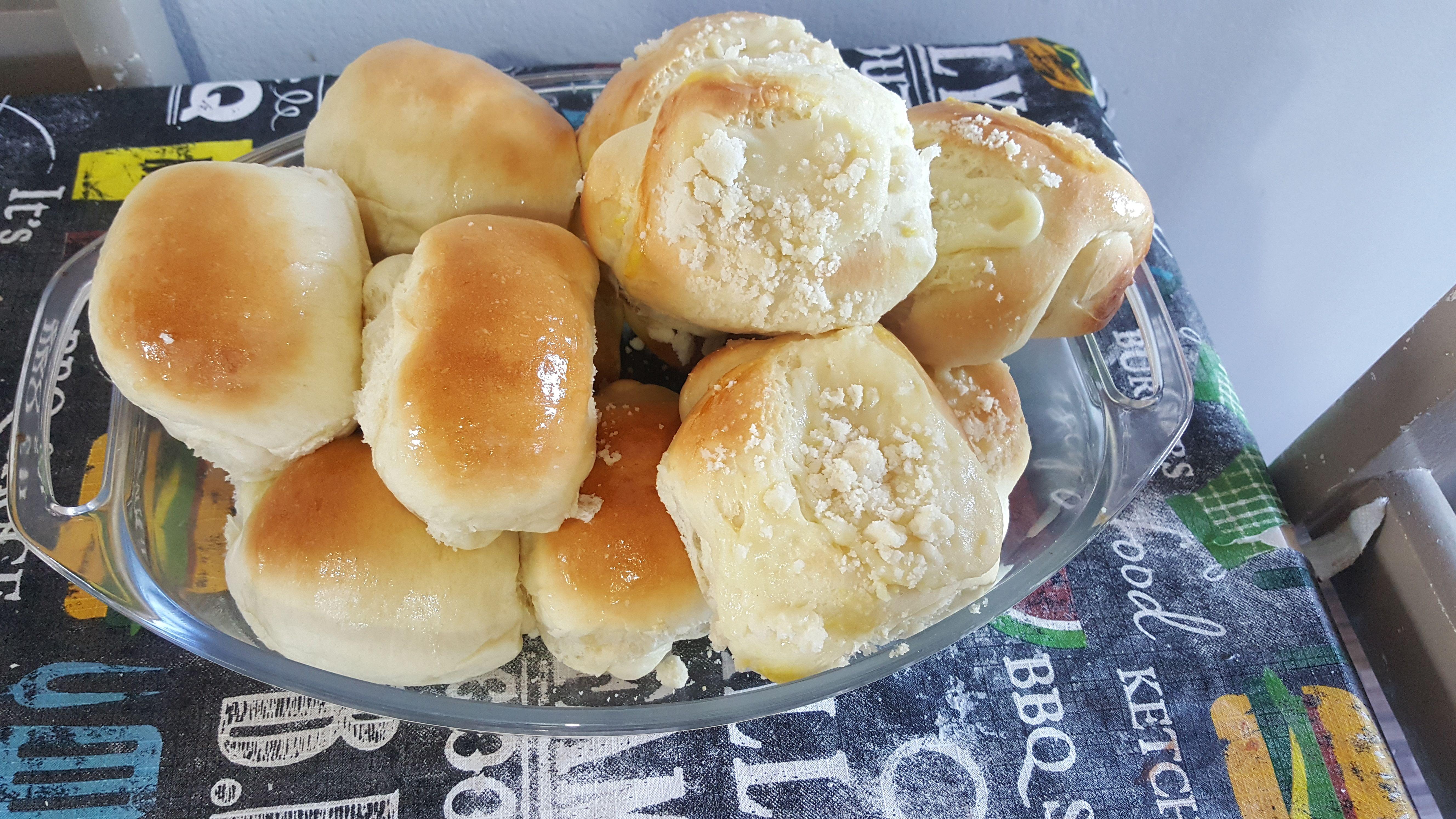Pão caseiro simples de fazer