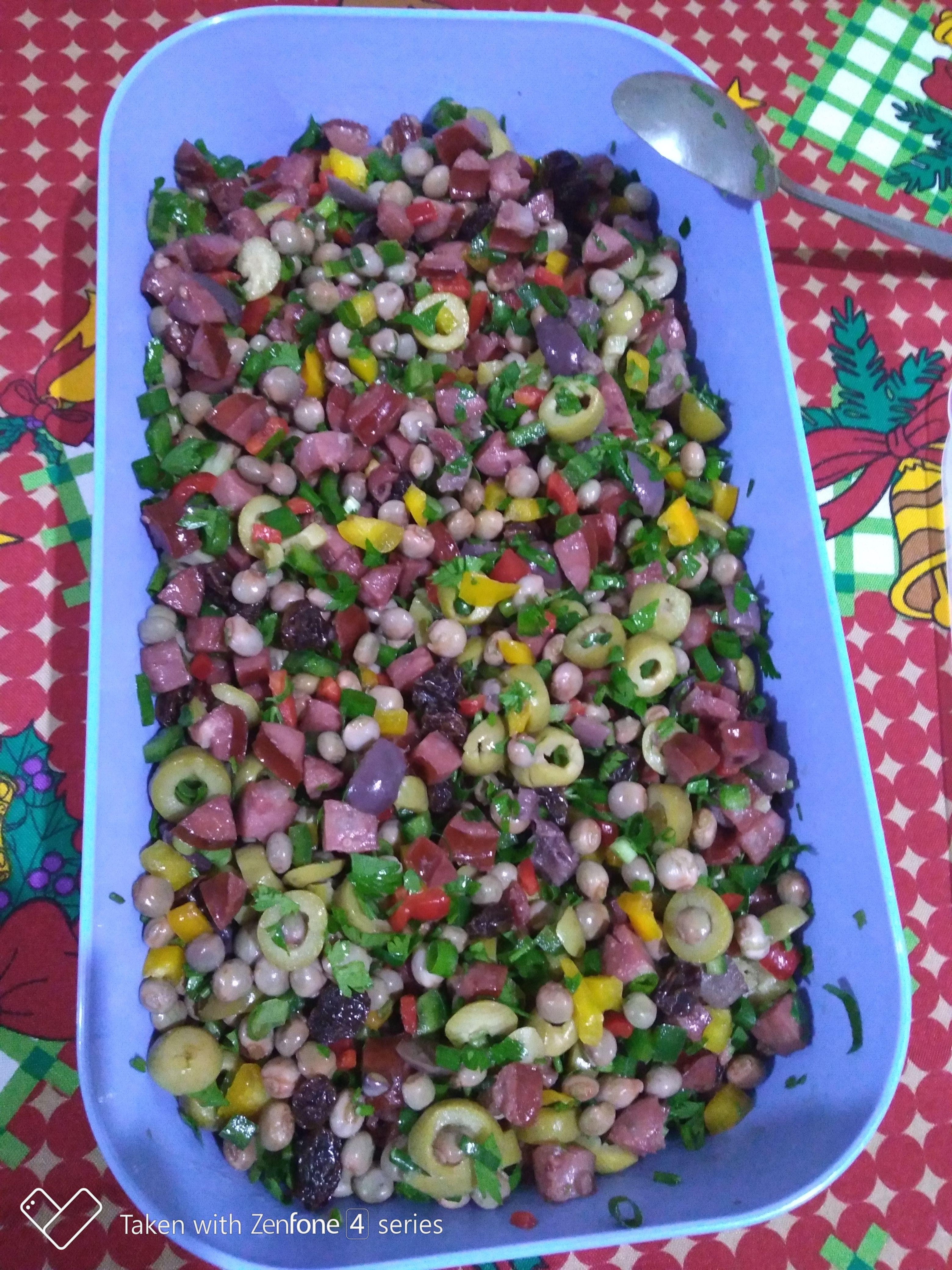 Salada de guandu natalina